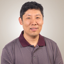 Photo of Eugene Zhang